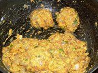 Prawn masala balls