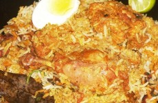 Hyderabadi dum biryani, Chicken Feat